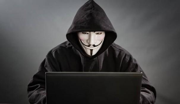 "Ingegneria sociale, l'hacker dal ""volto umano"""