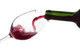 Vendere il vino all'estero con l'ecommerce, opportunità  o solo tante difficoltà?