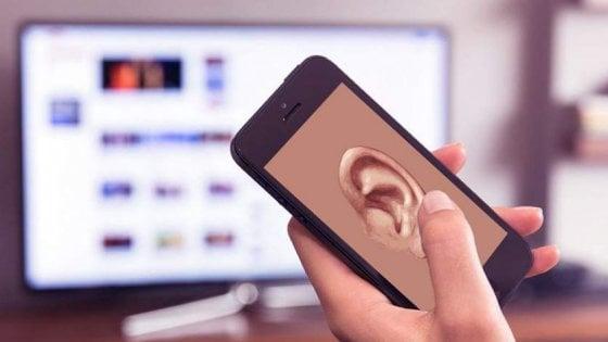 Il tuo telefono, un orecchio indiscreto che ti ascolta.
